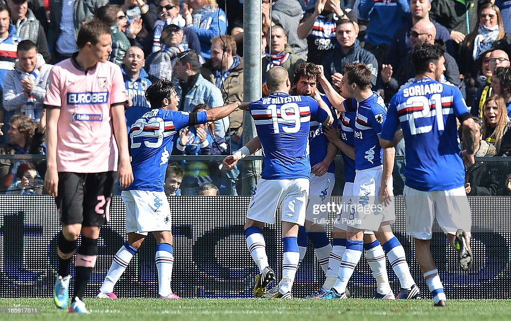 Gianni Munari of Sampdoria (C) celebrates with team mates after scoring the equalizing goal during the Serie A match between UC Sampdoria and US Citta di Palermo at Stadio Luigi Ferraris on April 7, 2013 in Genoa, Italy.