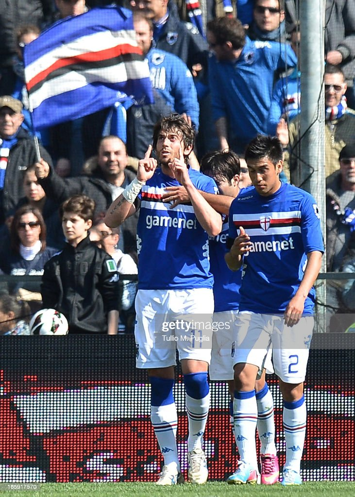 Gianni Munari of Sampdoria (L) celebrates with team-mates after scoring his team's first goal to equalise during the Serie A match between UC Sampdoria and US Citta di Palermo at Stadio Luigi Ferraris on April 7, 2013 in Genoa, Italy.