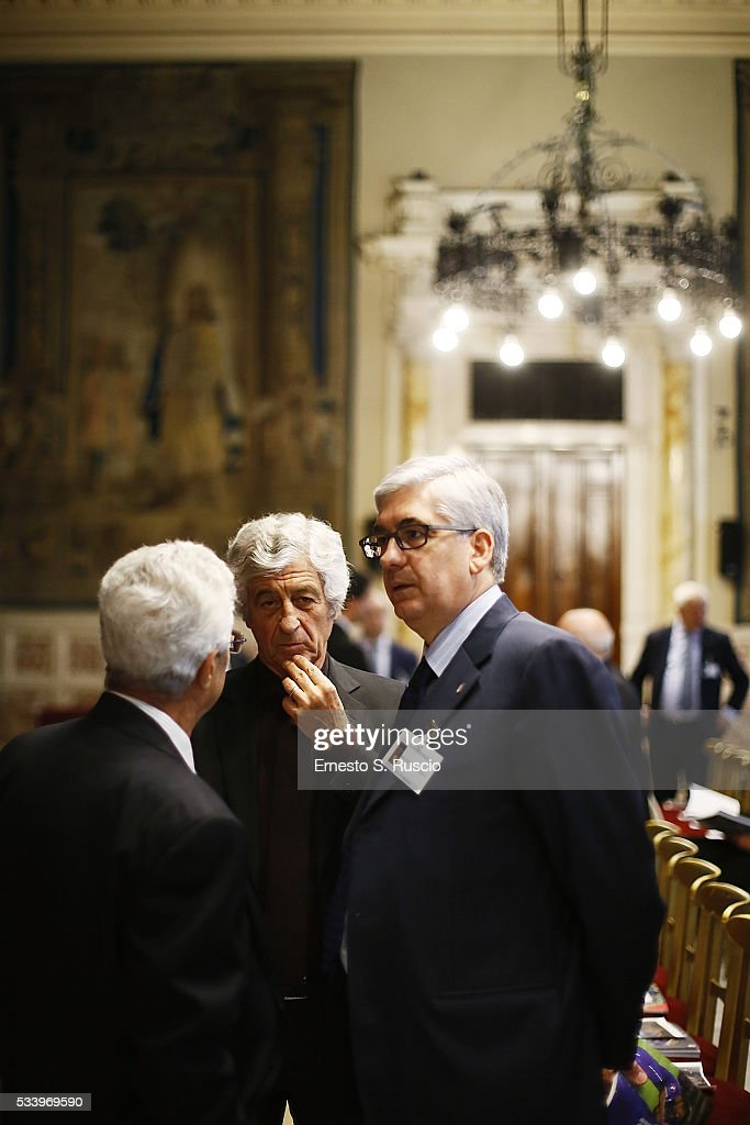<a gi-track='captionPersonalityLinkClicked' href=/galleries/search?phrase=Gianni+Rivera&family=editorial&specificpeople=860253 ng-click='$event.stopPropagation()'>Gianni Rivera</a> attends the Italian Football Federation Annual Report at Palazzo Montecitorio on May 24, 2016 in Rome, Italy.