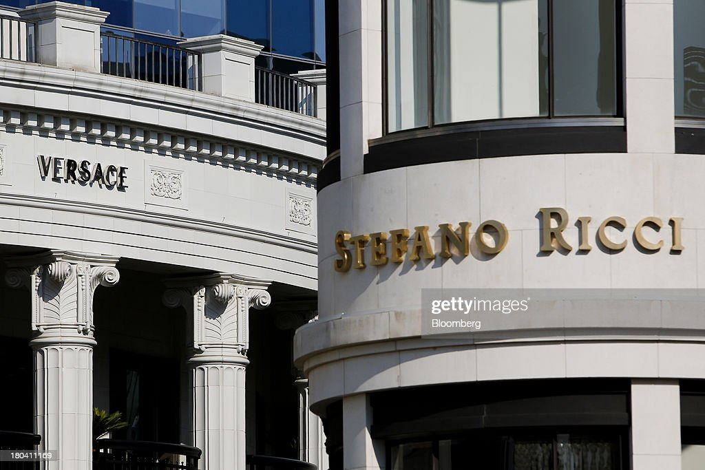 Gianni Versace SpA and Stefano Ricci SpA stores are seen on Rodeo Drive in Beverly Hills, California, U.S., on Wednesday, Sept. 11, 2013. The U.S. Census Bureau is scheduled to release retail sales figures on Sept. 13. Photographer: Patrick T. Fallon/Bloomberg via Getty Images