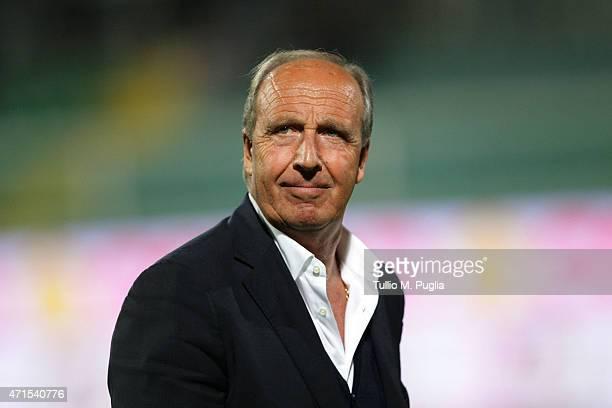 Gianpiero Ventura head coach of Torino FC looks on during the Serie A match between US Citta di Palermo and Torino FC at Stadio Renzo Barbera on...