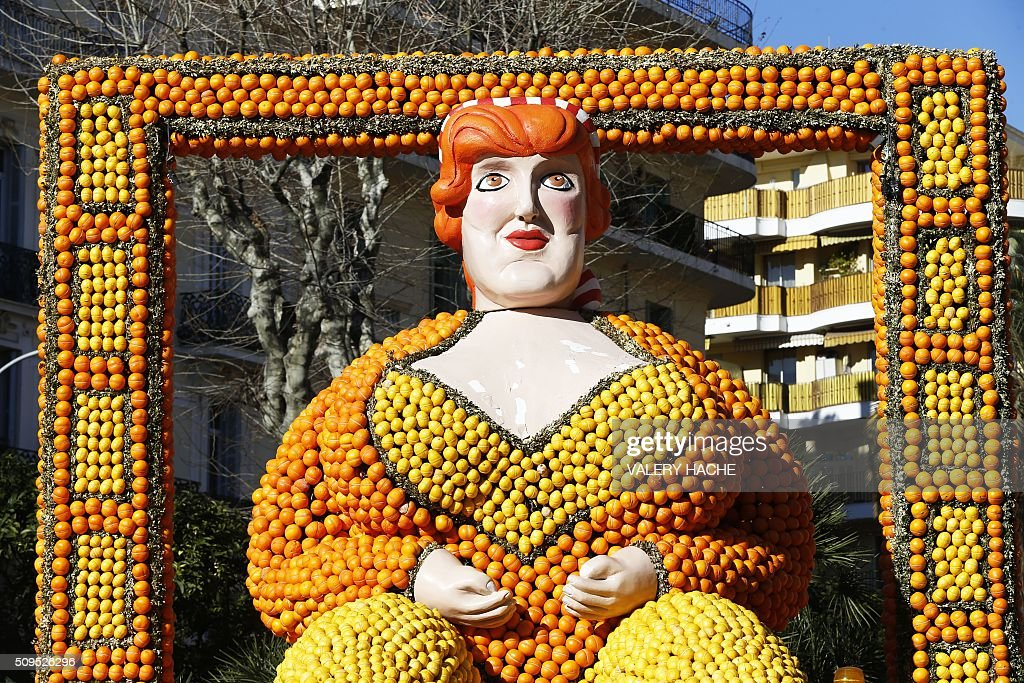 A giant sculpture decorated with oranges and lemons is pictured in Menton on the French Riviera on February 11, 2016, ahead of the start of the 'Fete du Citron' (Lemon Festival). The theme of this 83rd edition, running from February 13 until March 2, 2016, is called 'Cinecitta'. / AFP / VALERY HACHE