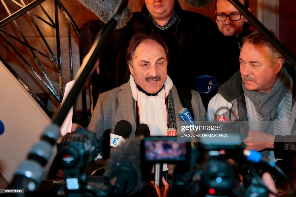 Giant steel ArcelorMittal CFE-CGC union central representative Francois Pagano, speaks to journalists on December 13, 2012, in Paris, after an extraordinary CCE (Group Central Committee). French President Francois Hollande said last week he would personally guarantee that steel multinational ArcelorMittal stood by a commitment to keep jobs at a plant threatened with closure as angry trade unionists threatened strike action. AFP PHOTO/JACQUES DEMARTHON