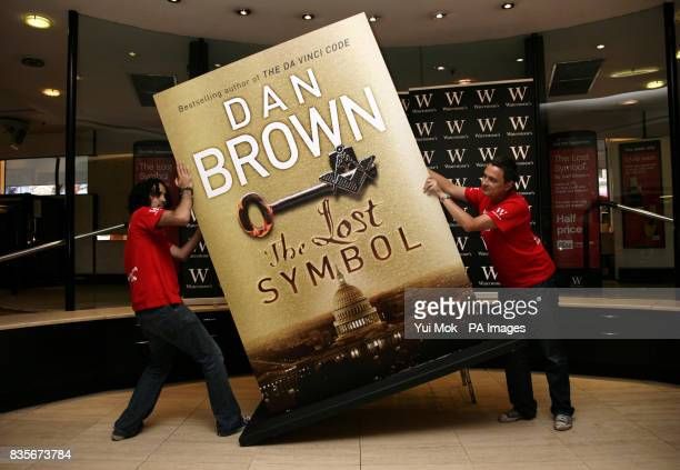 A giant version of the cover of the longawaited Dan Brown novel The Lost Symbol is unveiled at Waterstone's Piccadilly