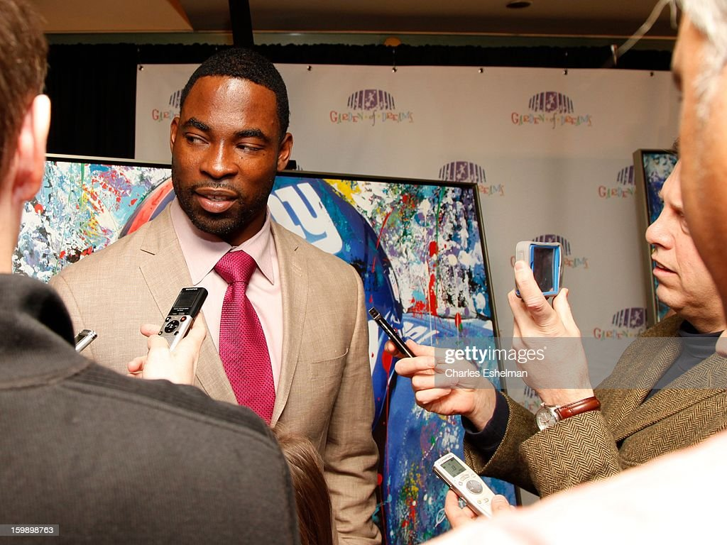 NY Giants defensive end <a gi-track='captionPersonalityLinkClicked' href=/galleries/search?phrase=Justin+Tuck&family=editorial&specificpeople=748769 ng-click='$event.stopPropagation()'>Justin Tuck</a> attends the Garden of Dreams Foundation press conference at Madison Square Garden on January 22, 2013 in New York City.