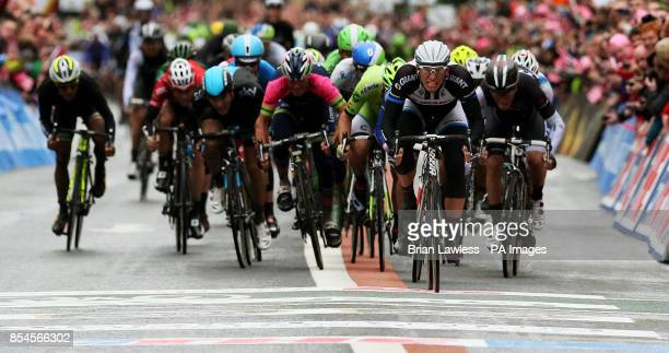 GiantShimano's Marcel Kittel sprints to the finish line to win Stage two of the 2014 Giro D'Italia in Belfast