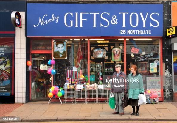party store kensington toronto
