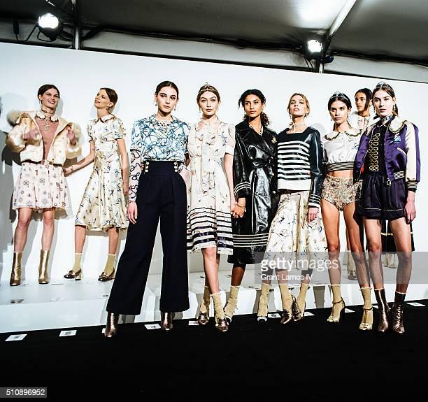 Gigi Hadid Stella Maxwell Sara Sampaio and models pose backstage at the Tommy Hilfiger Women's Fall 2016 show during New York Fashion Week The Shows...