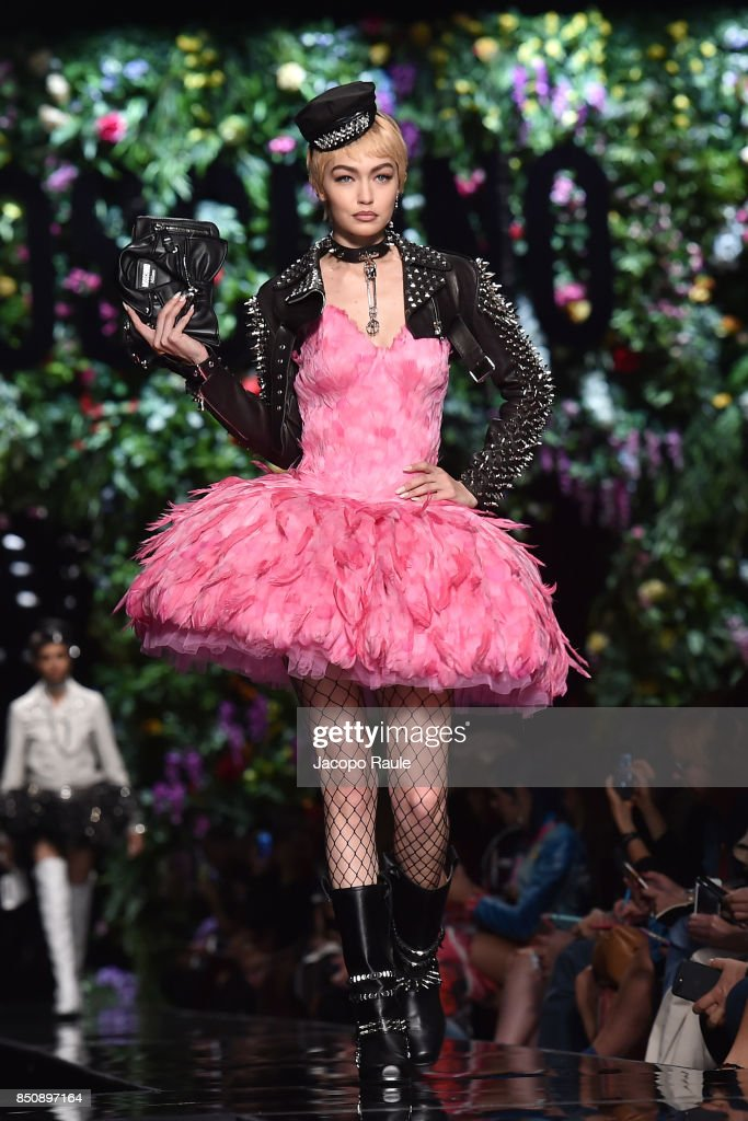 gigi-hadid-walks-the-runway-at-the-moschino-show-during-milan-fashion-picture-id850897164