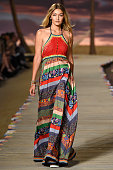 Gigi Hadid walks the runway at the Tommy Hilfiger Women's Spring Summer 2016 fashion show during the New York Fashion Week on September 14 2015 in...