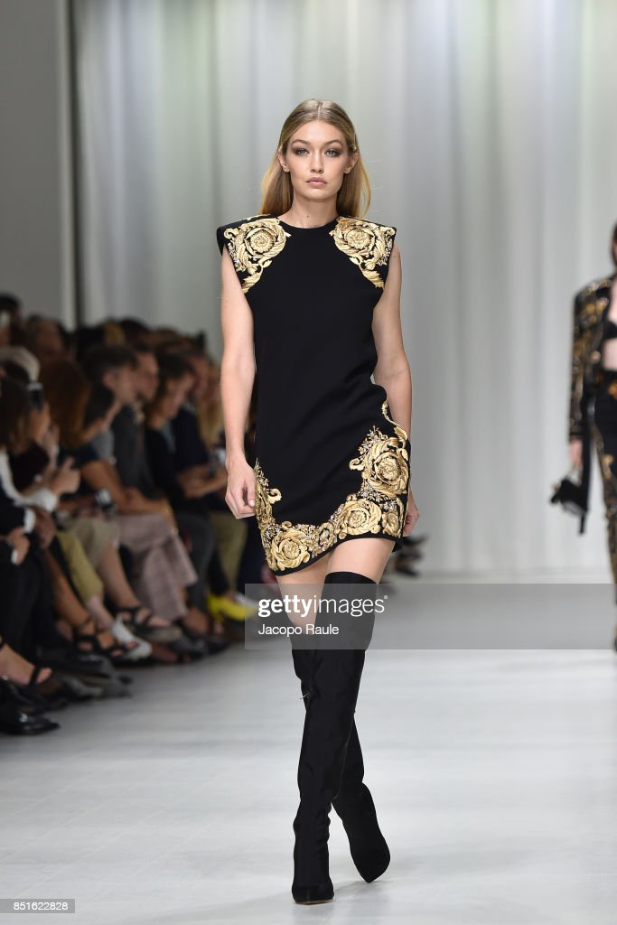 gigi-hadid-walks-the-runway-at-the-versace-show-during-milan-fashion-picture-id851622828