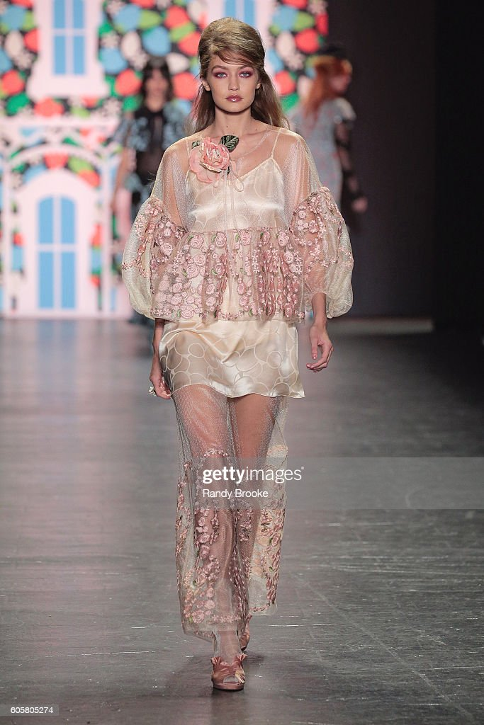 Gigi Hadid walks the runway during the Anna Sui September 2016 New York Fashion Week: The Shows Spring 2017 season at The Arc, Skylight at Moynihan Station on September 14, 2016 in New York City.