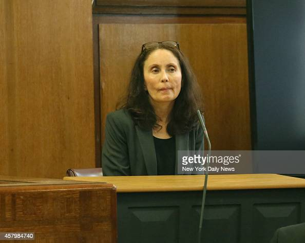 Gigi Jordan appears on the witness stand during crossexamination by the prosecutor during her trial in Manhattan Supreme Court on Wednesday October...
