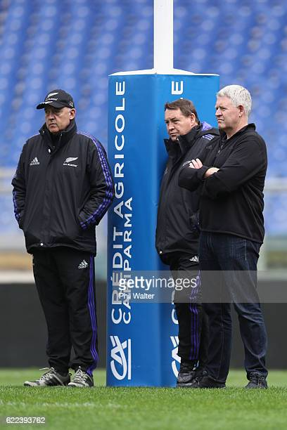 Gilbert Enoka Steve Hansen and Steve Tew look on during the New Zealand All Blacks captains run at Stadio Olimpico on November 11 2016 in Rome Italy