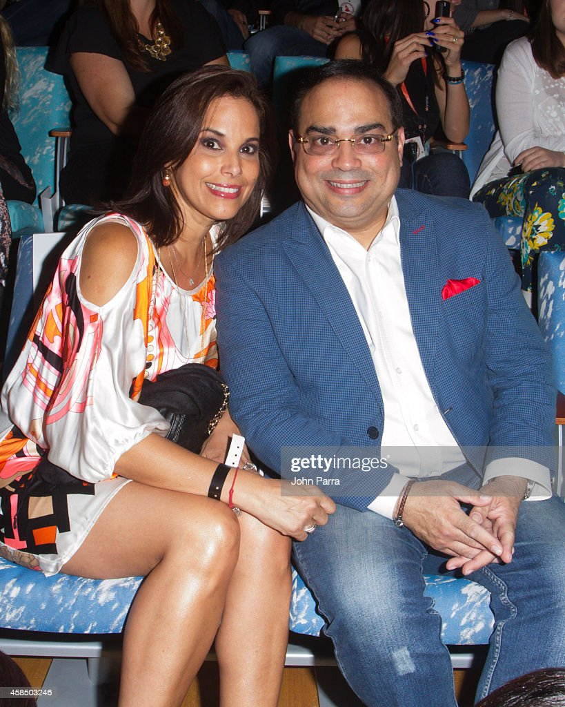 Gilberto Santa Rosa and wife Alexandra Malagn attend the Latin GRAMMY Acoustic Sessions In Miami With Franco Devita at New World Center on November 5...