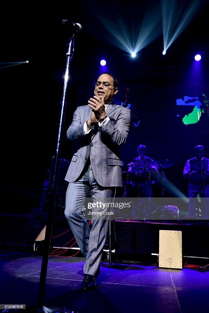 Gilberto Santa Rosa performs during Gilberto Santa Rosa Willy Chirino Concert at James L Knight Center on February 13 2016 in Miami Florida