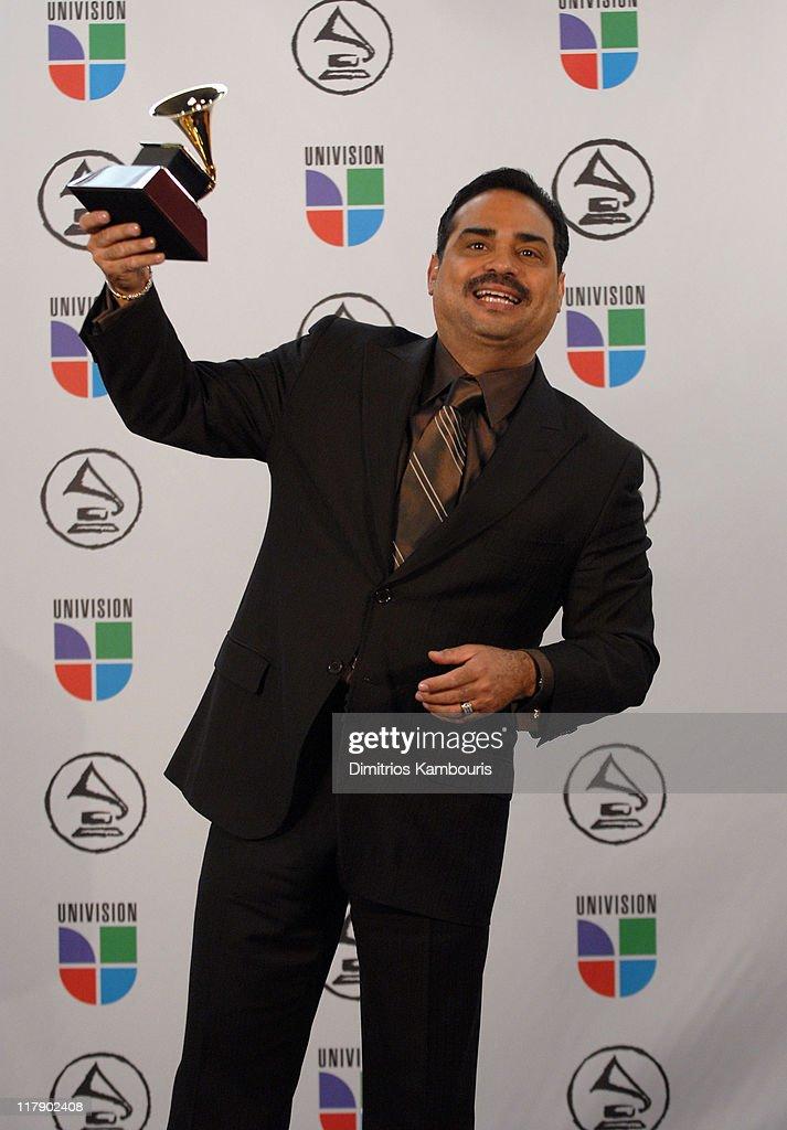 Gilberto Santa Rosa winner Best Salsa Album for 'Directo Al Corazón'