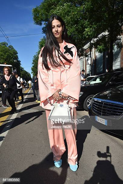 Gilda Ambrosio arrives at the Fendi show during Milan Men's Fashion Week Spring/Summer 2017 on June 20 2016 in Milan Italy