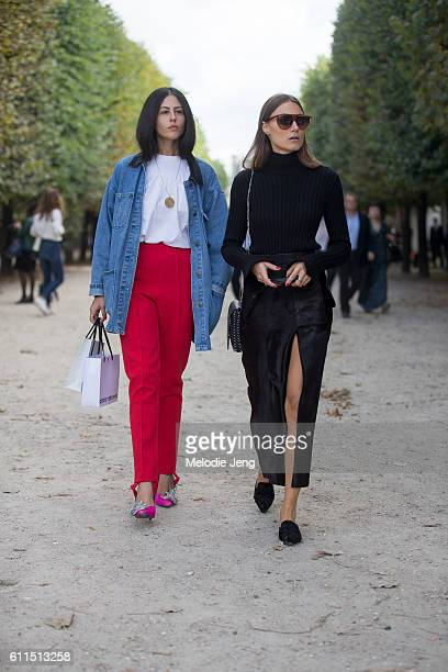 Gilda Ambrosio Giorgia Tordini at the Paco Rabanne show on September 29 2016 in Paris France