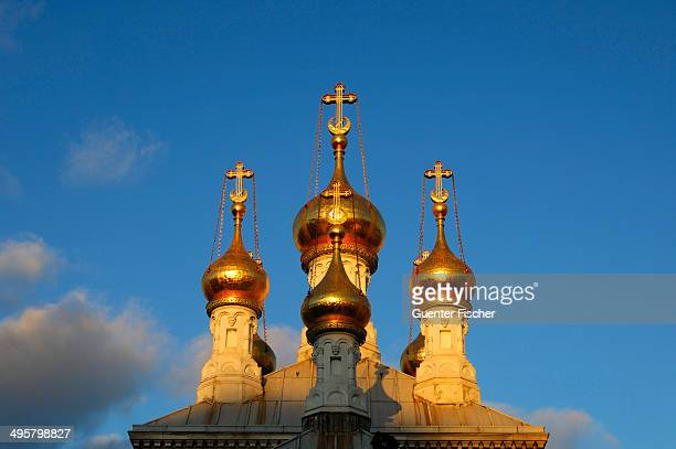 Gilded onion towers of the Russian Orthodox Church in Geneva in the evening light, Genf, Kanton Genf, Schweiz, Geneve, Switzerland
