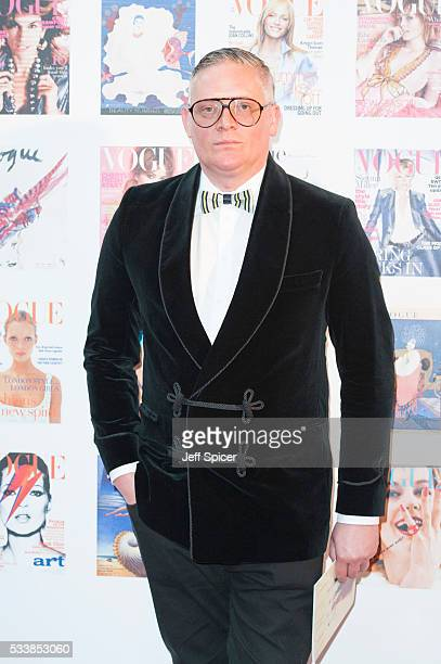 Giles Deacon arrives for the Gala to celebrate the Vogue 100 Festival at Kensington Gardens on May 23 2016 in London England