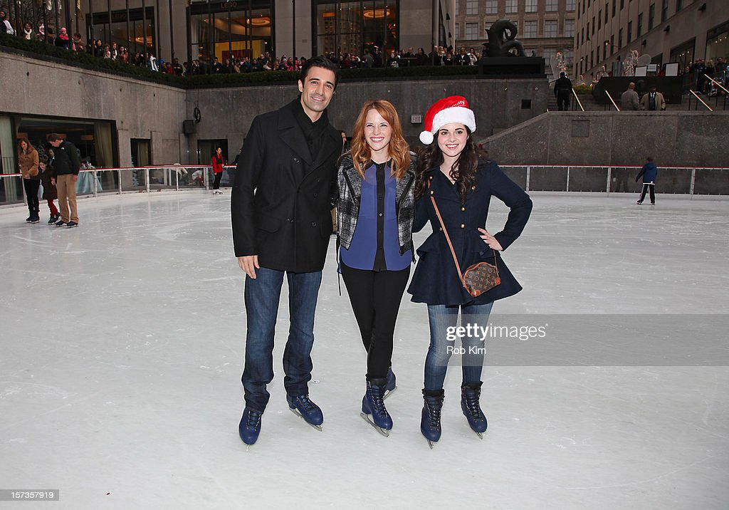<a gi-track='captionPersonalityLinkClicked' href=/galleries/search?phrase=Gilles+Marini&family=editorial&specificpeople=5360860 ng-click='$event.stopPropagation()'>Gilles Marini</a>, <a gi-track='captionPersonalityLinkClicked' href=/galleries/search?phrase=Katie+Leclerc&family=editorial&specificpeople=7765177 ng-click='$event.stopPropagation()'>Katie Leclerc</a> and <a gi-track='captionPersonalityLinkClicked' href=/galleries/search?phrase=Vanessa+Marano&family=editorial&specificpeople=851394 ng-click='$event.stopPropagation()'>Vanessa Marano</a> of Switched at Birth attend ABC Family's '25 Days Of Christmas' Winter Wonderland event at Rockefeller Center on December 2, 2012 in New York City.