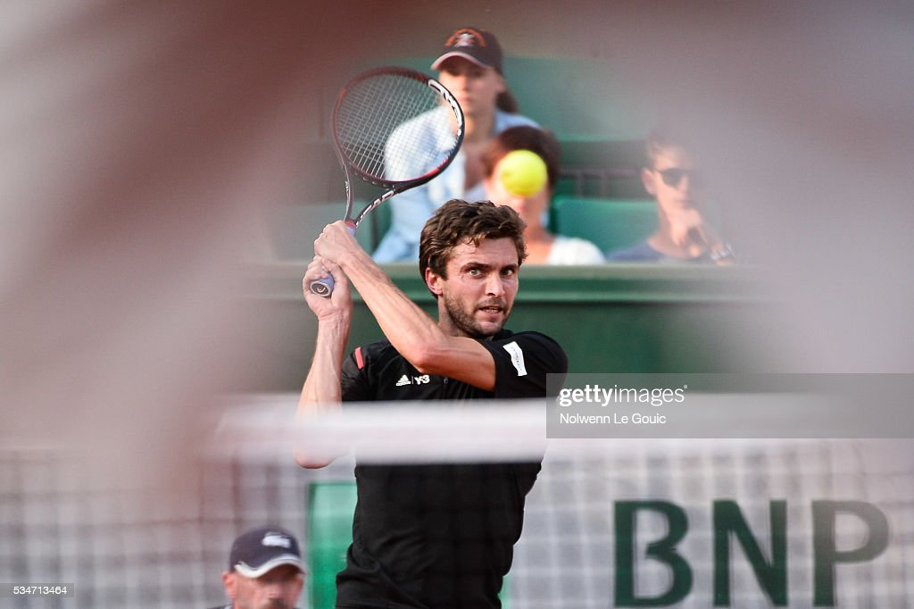 Gilles Simon during the Men's Singles third round on day six of the French Open 2016 at Roland Garros on May 27, 2016 in Paris, France.