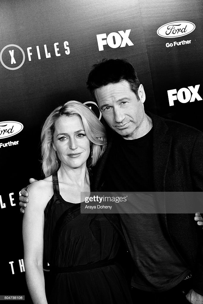 Gillian Anderson and David Duchovny attend 'The X-Files' Fox premiere at California Science Center on January 12, 2016 in Los Angeles, California.