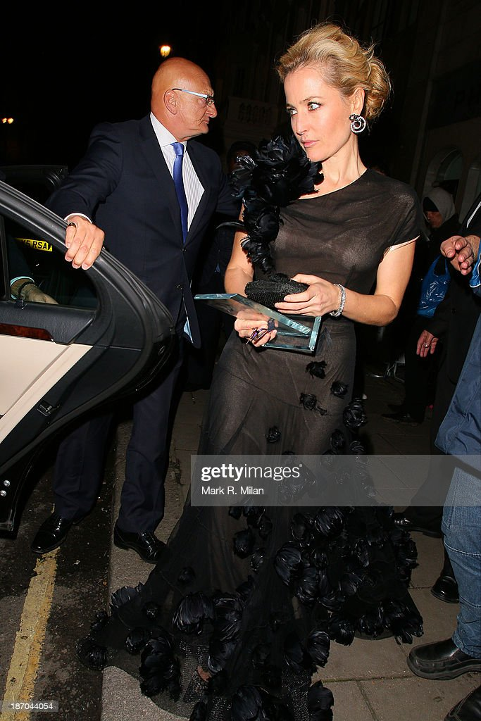 <a gi-track='captionPersonalityLinkClicked' href=/galleries/search?phrase=Gillian+Anderson&family=editorial&specificpeople=202894 ng-click='$event.stopPropagation()'>Gillian Anderson</a> attending the Harper's Bazaar Women of the Year Awards on November 5, 2013 in London, England.
