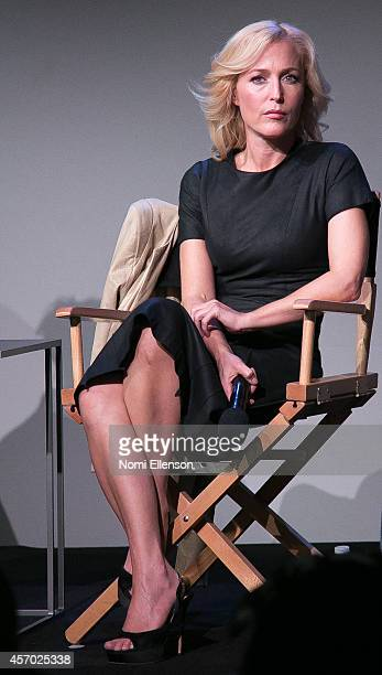 Gillian Anderson attends Apple Store Soho Presents Meet The Authors Gillian Anderson and Jeff Rovin at Apple Store Soho on October 10 2014 in New...