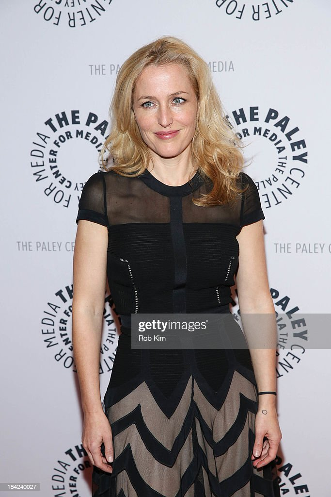 <a gi-track='captionPersonalityLinkClicked' href=/galleries/search?phrase=Gillian+Anderson&family=editorial&specificpeople=202894 ng-click='$event.stopPropagation()'>Gillian Anderson</a> attends 'The Truth Is Here: David Duchovny And <a gi-track='captionPersonalityLinkClicked' href=/galleries/search?phrase=Gillian+Anderson&family=editorial&specificpeople=202894 ng-click='$event.stopPropagation()'>Gillian Anderson</a> On The X-Files' presented by the Paley Center For Media at Paley Center For Media on October 12, 2013 in New York City.