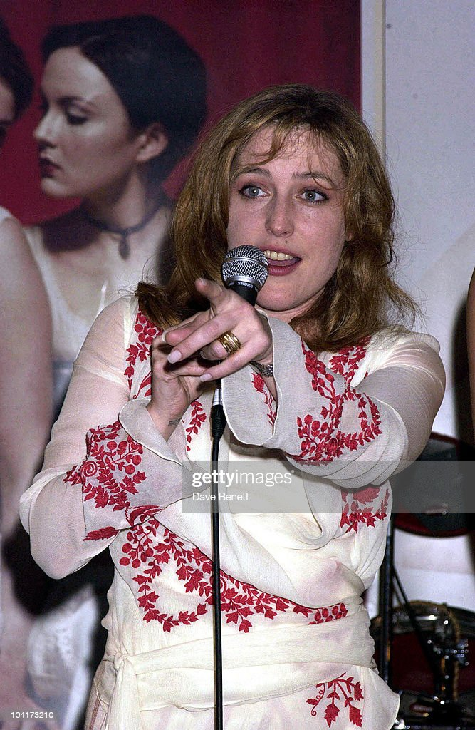 Gillian Anderson Auctions A Evening Out, Westside Housing Trust Gala Night At The Bugs Hall In Uxbridge,had Society's Youngster Mixing With Comedians Ans Showbiz Personalities.