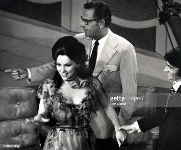Gina Lollobrigida and William Holden during Taping of 'The Dick Cavett Show' June 22 1971 at ABC Television Studios in New York City New York United...