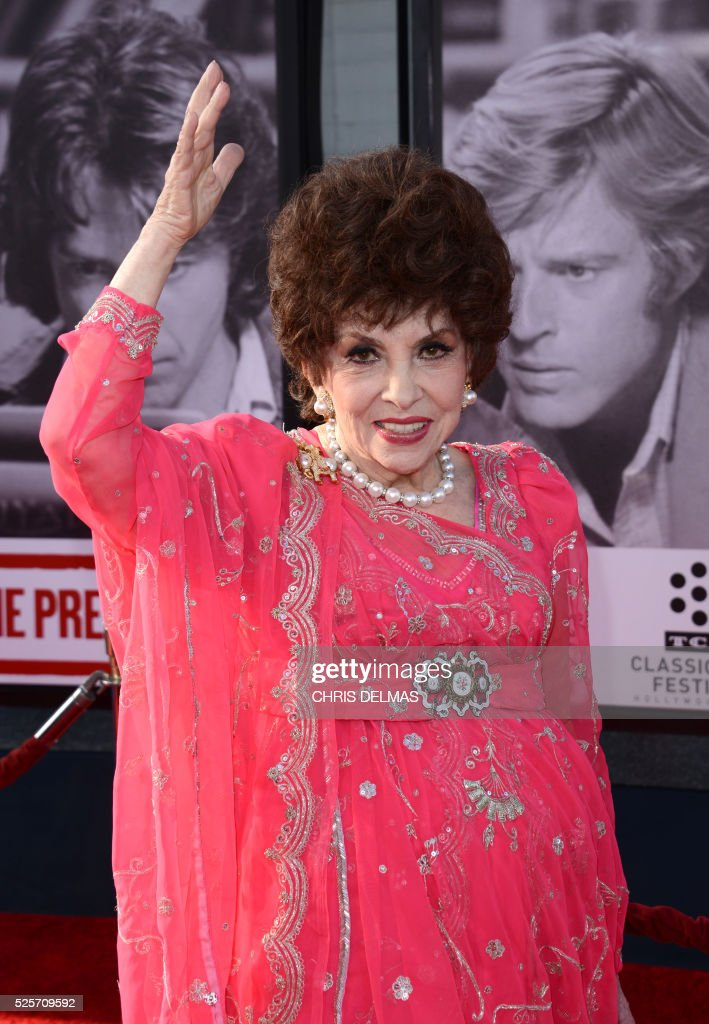 Gina Lollobrigida attends the Opening Night Gala of the 2016 TCM Classic Film Festival celebrating The 40th Anniversary Screening of ALL THE PRESIDENT��S MEN at the Chines Theatre in Hollywood, California, on April 28, 2016. / AFP / CHRIS