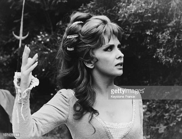 Gina Lollobrigida In Pleasant Nights On 1965