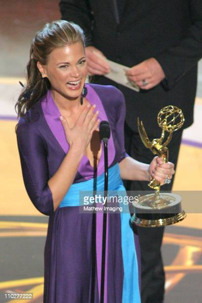 Gina Tognoni accepts Outstanding Supporting Actress in a Drama Series award for 'Guiding Light'