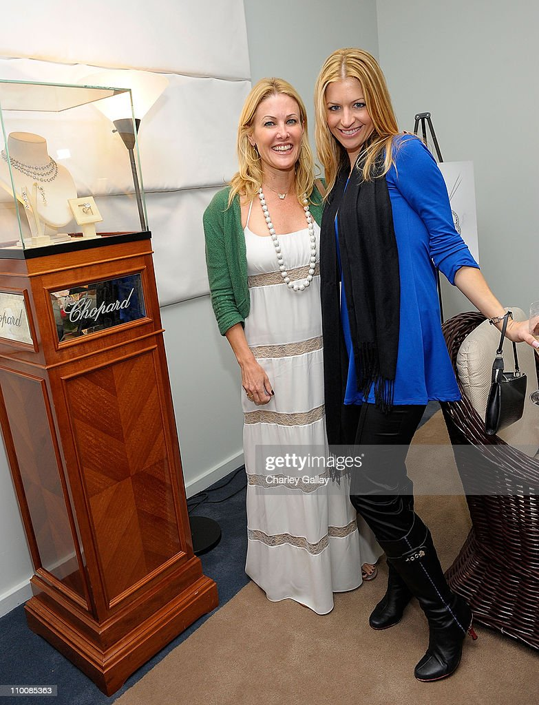 Ginger Grace (L) and Jamie Anderson attend Los Angeles Confidential Magazine's Luxury Showcase at the Luxe Hotel on September 12, 2008 in Beverly Hills, California.