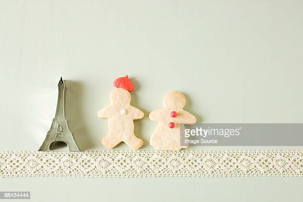 Gingerbread couple and eiffel tower cookie cutter