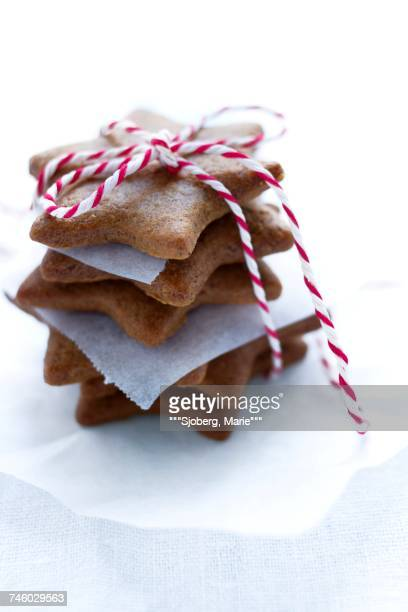 Gingerbread stars tied up as a present