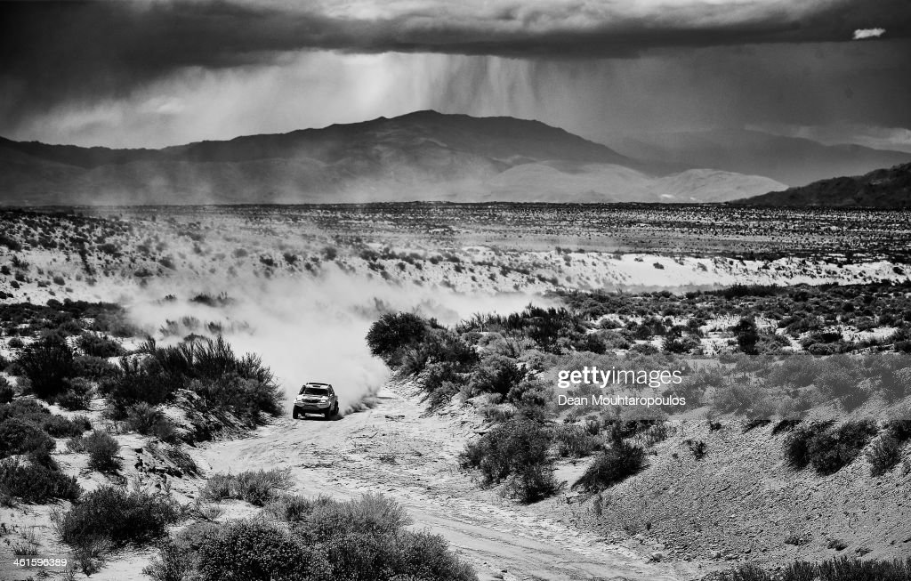 Giniel De Villiers of South Africa and Dirk Von Zitzewitz of Germany for Imperial Toyota compete during Day 5 of the 2014 Dakar Rally on January 9, 2014 in San Jose, Argentina.