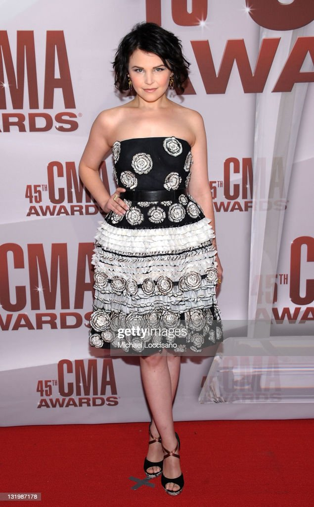<a gi-track='captionPersonalityLinkClicked' href=/galleries/search?phrase=Ginnifer+Goodwin&family=editorial&specificpeople=215039 ng-click='$event.stopPropagation()'>Ginnifer Goodwin</a> attends the 45th annual CMA Awards at the Bridgestone Arena on November 9, 2011 in Nashville, Tennessee.