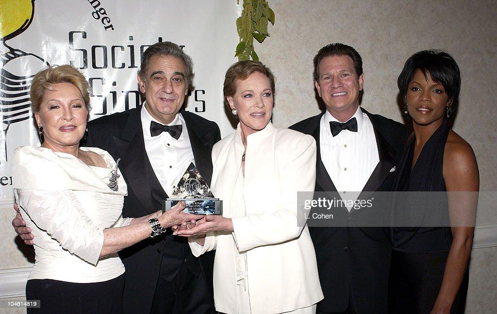 Ginny Mancini Placido Domingo Julie Andrews Society of Singers President/CEO Marc R Staenberg Nnenna Freelon