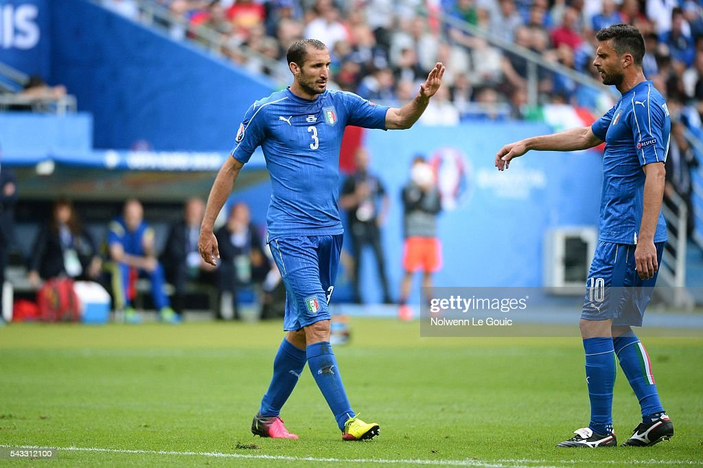 Giorgio Chiellini and Thiago Motta of Italy during the European Championship match Round of 16 between Italy and Spain at Stade de France on June 27, 2016 in Paris, France.