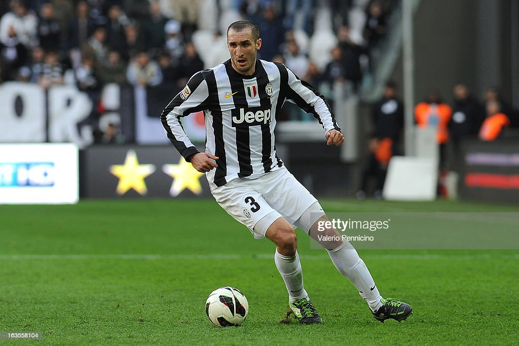 <a gi-track='captionPersonalityLinkClicked' href=/galleries/search?phrase=Giorgio+Chiellini&family=editorial&specificpeople=605793 ng-click='$event.stopPropagation()'>Giorgio Chiellini</a> of FC Juventus in action during the Serie A match between FC Juventus and Calcio Catania at Juventus Arena on March 10, 2013 in Turin, Italy.