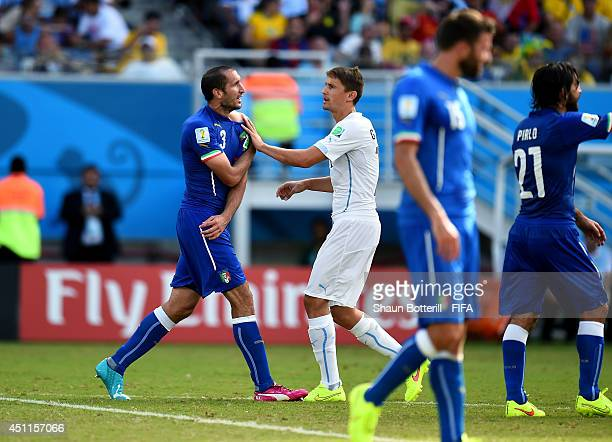 Giorgio Chiellini of Italy appeals to referees after a clash during the 2014 FIFA World Cup Brazil Group D match between Italy and Uruguay at Estadio...