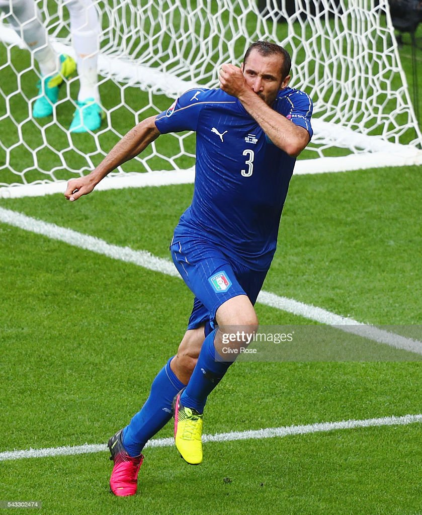 <a gi-track='captionPersonalityLinkClicked' href=/galleries/search?phrase=Giorgio+Chiellini&family=editorial&specificpeople=605793 ng-click='$event.stopPropagation()'>Giorgio Chiellini</a> of Italy celebrates scoring the opening goal during the UEFA EURO 2016 round of 16 match between Italy and Spain at Stade de France on June 27, 2016 in Paris, France.