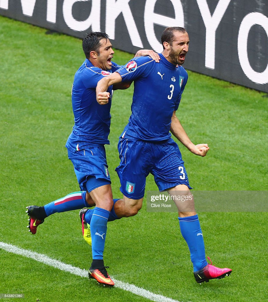 <a gi-track='captionPersonalityLinkClicked' href=/galleries/search?phrase=Giorgio+Chiellini&family=editorial&specificpeople=605793 ng-click='$event.stopPropagation()'>Giorgio Chiellini</a> (r) of Italy celebrates scoring with Eder after scoring the opening goalduring the UEFA EURO 2016 round of 16 match between Italy and Spain at Stade de France on June 27, 2016 in Paris, France.
