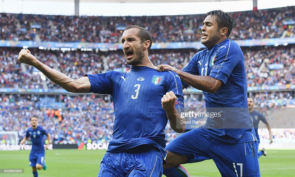 <a gi-track='captionPersonalityLinkClicked' href=/galleries/search?phrase=Giorgio+Chiellini&family=editorial&specificpeople=605793 ng-click='$event.stopPropagation()'>Giorgio Chiellini</a> (L) of Italy celebrates scoring with Eder after scoring the opening goal with his team mate Eder (R) during the UEFA EURO 2016 round of 16 match between Italy and Spain at Stade de France on June 27, 2016 in Paris, France.