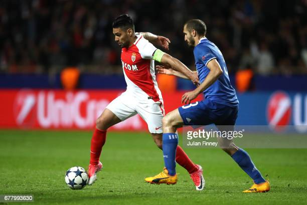 Giorgio Chiellini of Juventus and Radamel Falcao Garcia of AS Monaco in action during the UEFA Champions League Semi Final first leg match between AS...