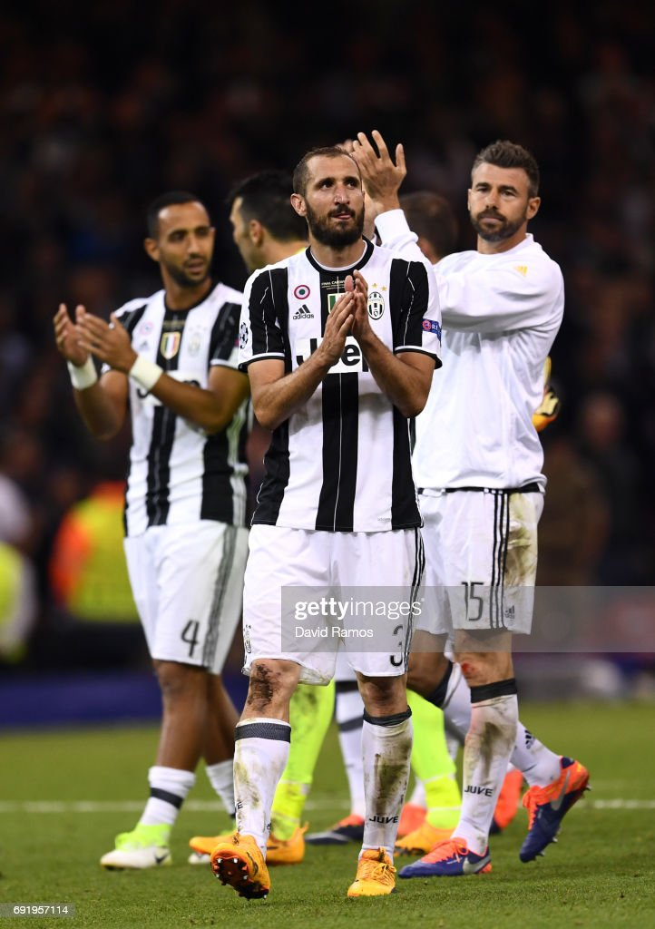 Giorgio Chiellini of Juventus shows appreciation to the fans after the UEFA Champions League Final between Juventus and Real Madrid at National Stadium of Wales on June 3, 2017 in Cardiff, Wales.